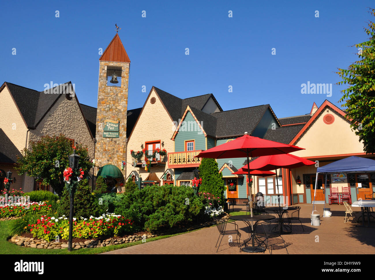 The Christmas Place shopping village, Pigeon Forge, Tennessee, USA ...