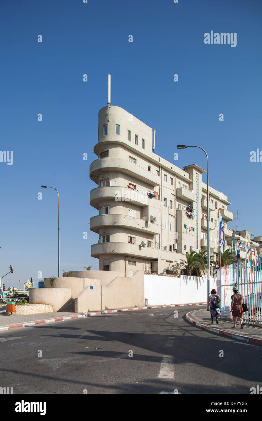 Bauhaus architecture in tel aviv israel stock photo for Architecture bauhaus