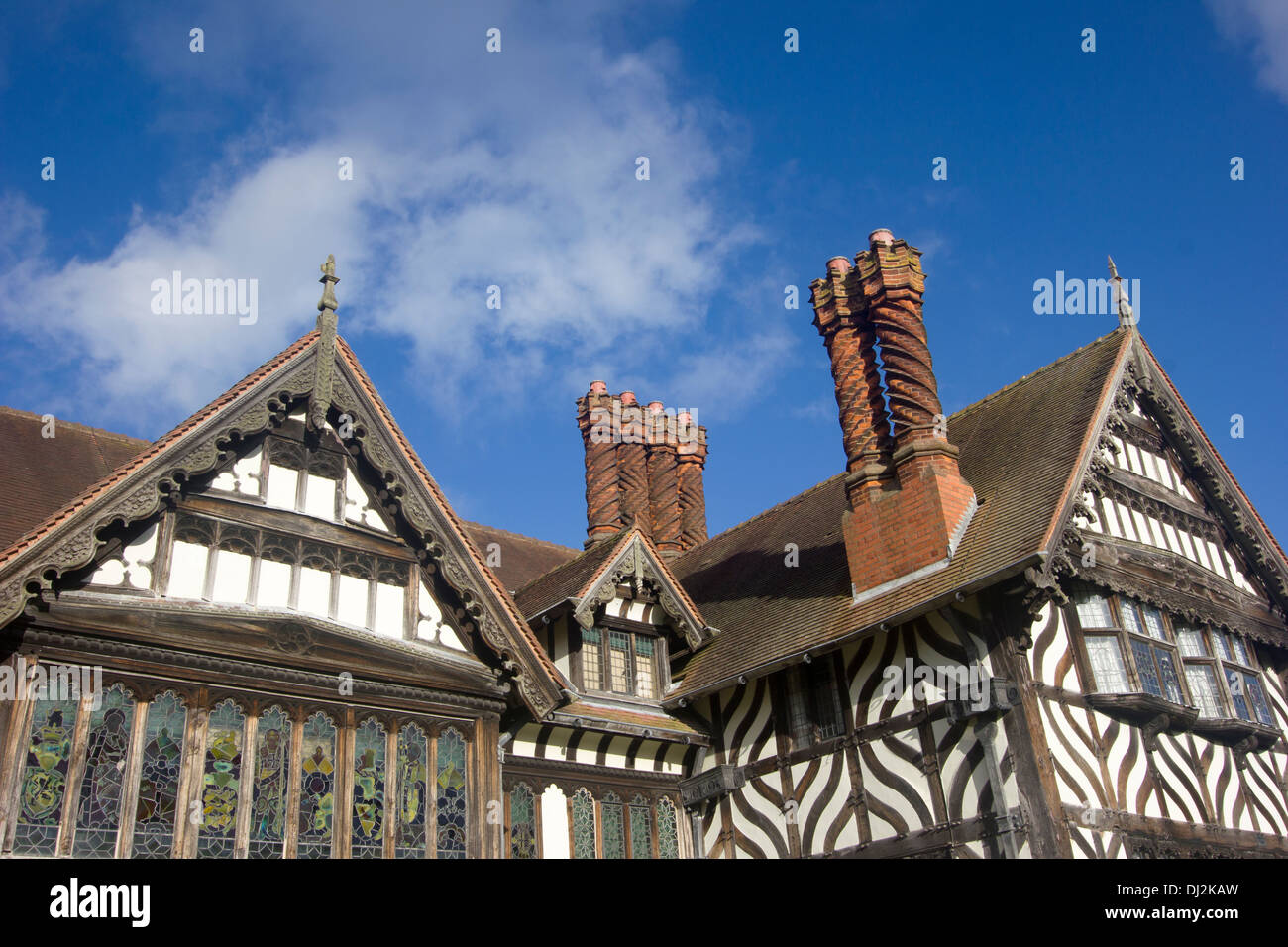 Wightwick manor is a victorian manor house located on for Victorian manor house