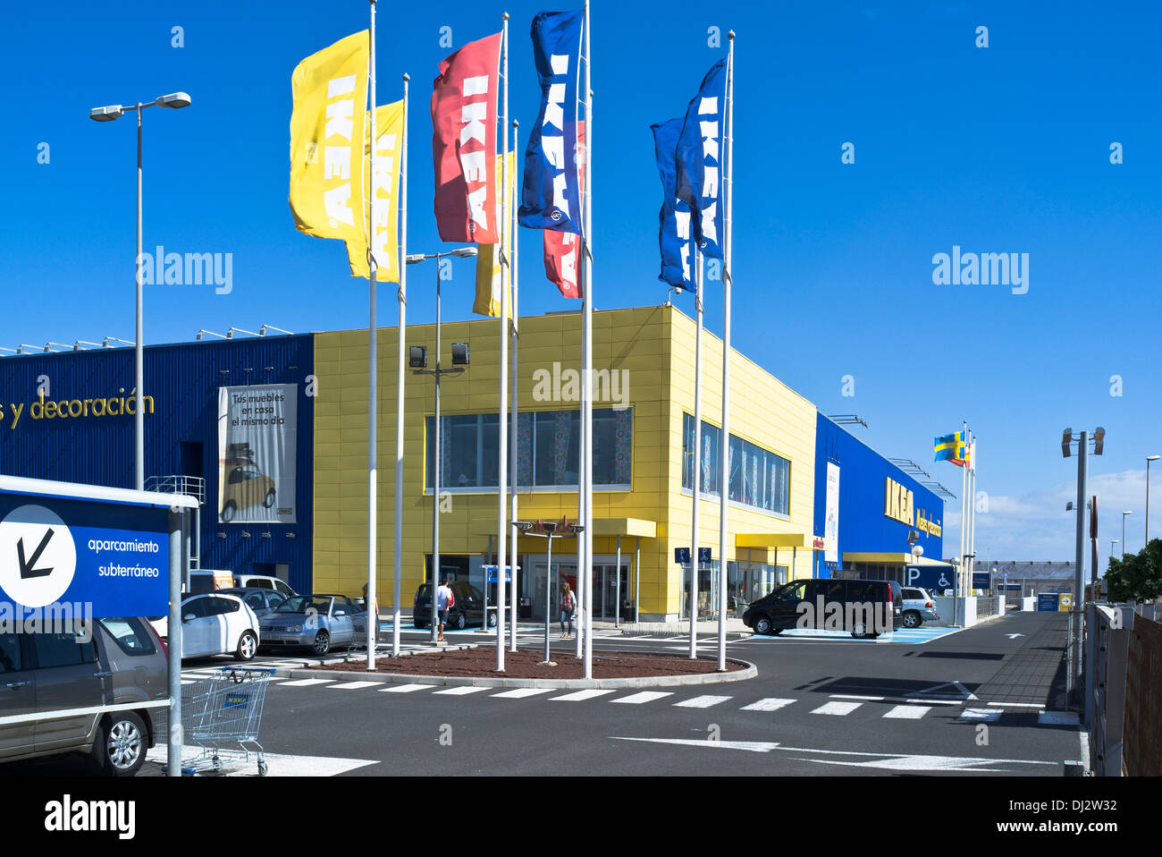 Dh ikea superstore europe ikea car park flags and shop for Ikea store online shopping