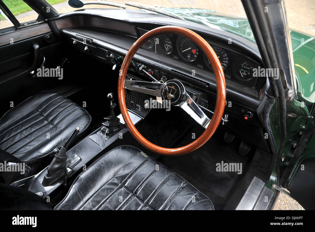 1972 rover 3500s p6 british classic sports saloon car interior stock photo royalty free image. Black Bedroom Furniture Sets. Home Design Ideas