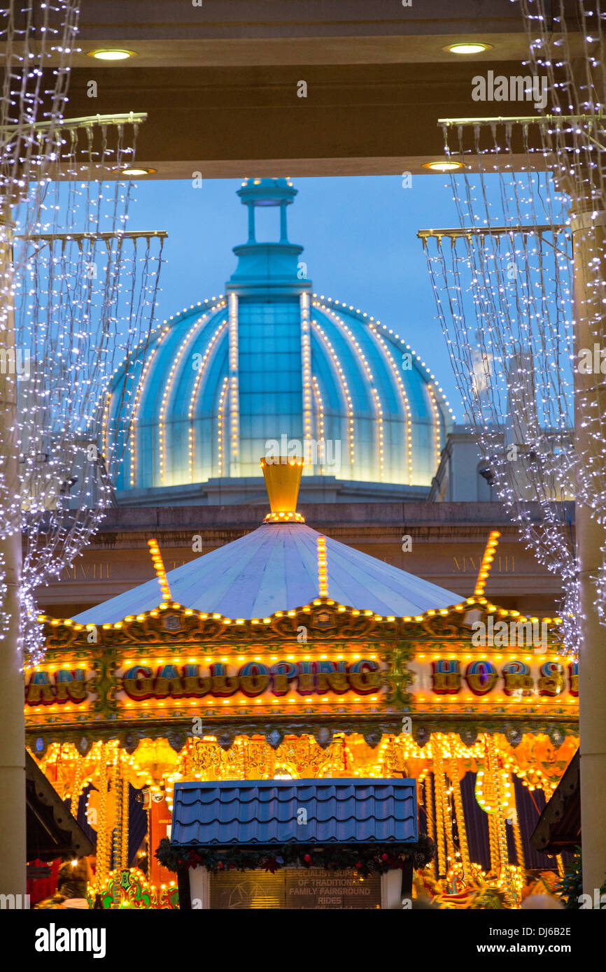 Cake Decorating Trafford Centre : Christmas decorations at the Trafford Centre in Manchester ...