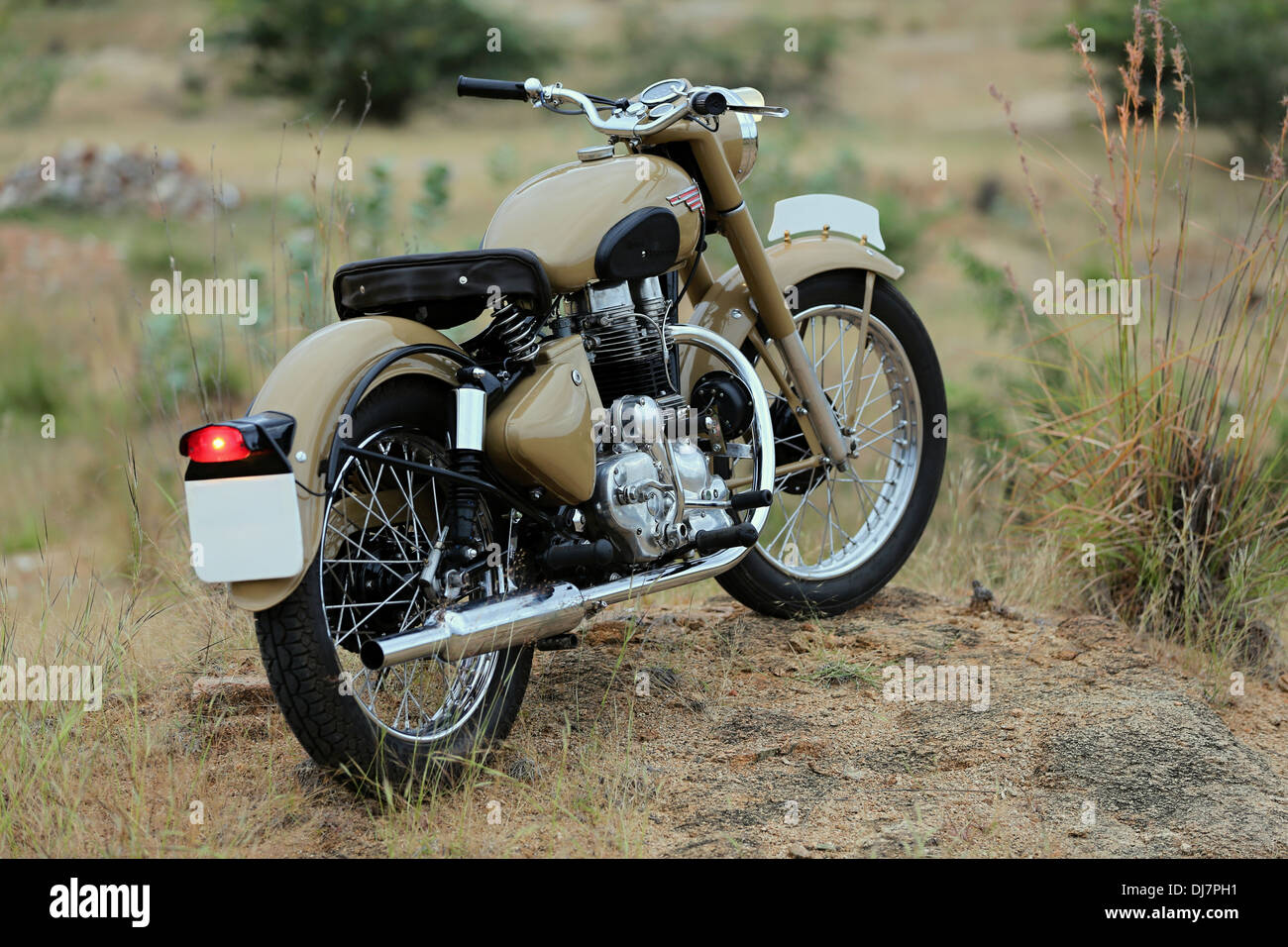 Royal enfield bullet pictures - Royal Enfield Bullet Vintage 1966 G2 Engine India Stock Image