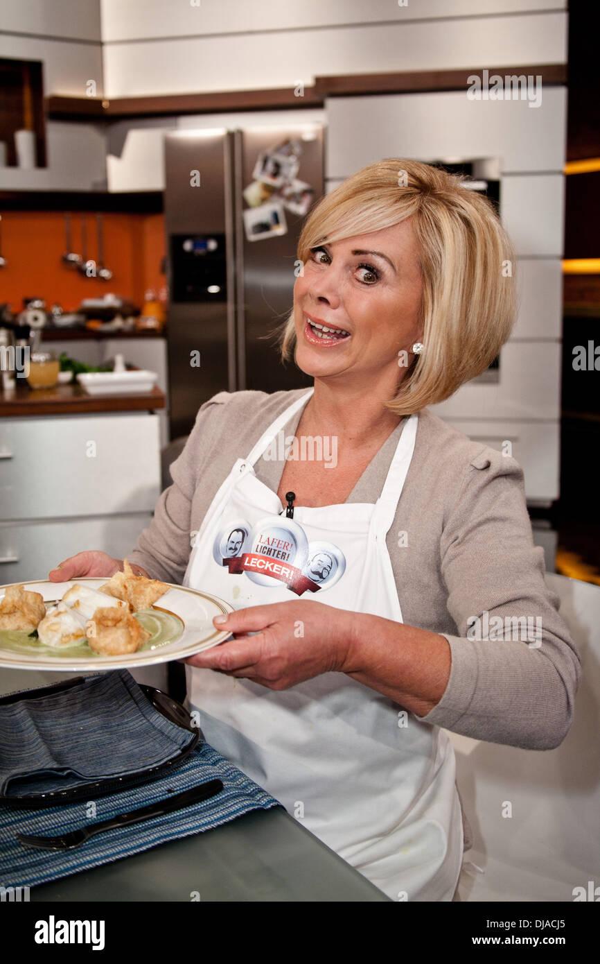 marijke amado on german zdf tv cooking show 'lafer lichter  - marijke amado on german zdf tv cooking show 'lafer lichter lecker' atstudio stahltwiete where hamburg germany when  apr