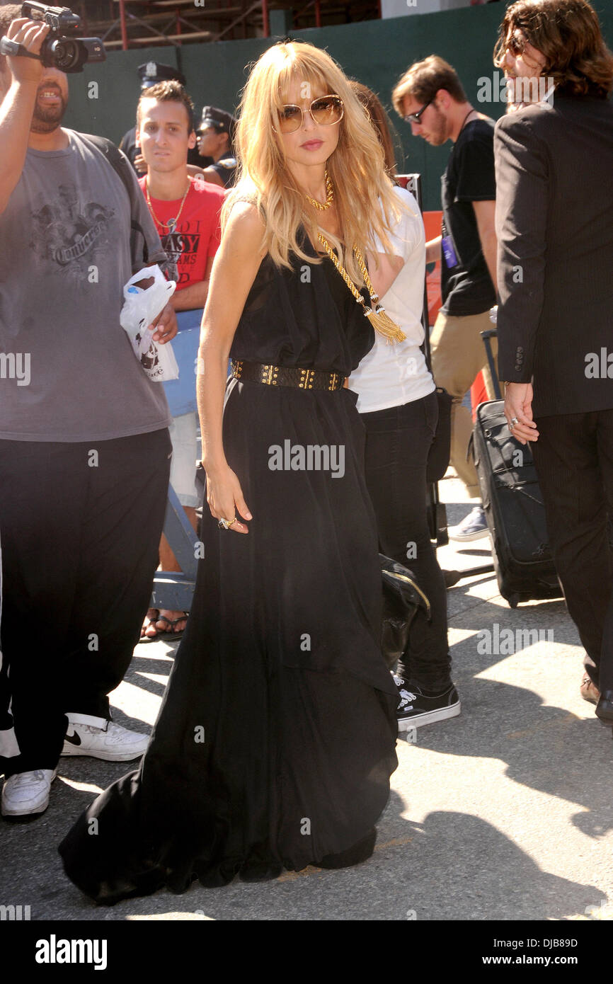 Rachel zoe mercedes benz new york fashion week spring for Mercedes benz new york fashion week