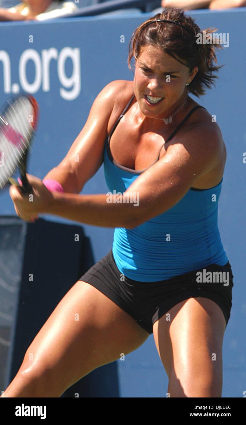 Aug 29 2004 Flushing Meadows NY USA Tennis star JENNIFER