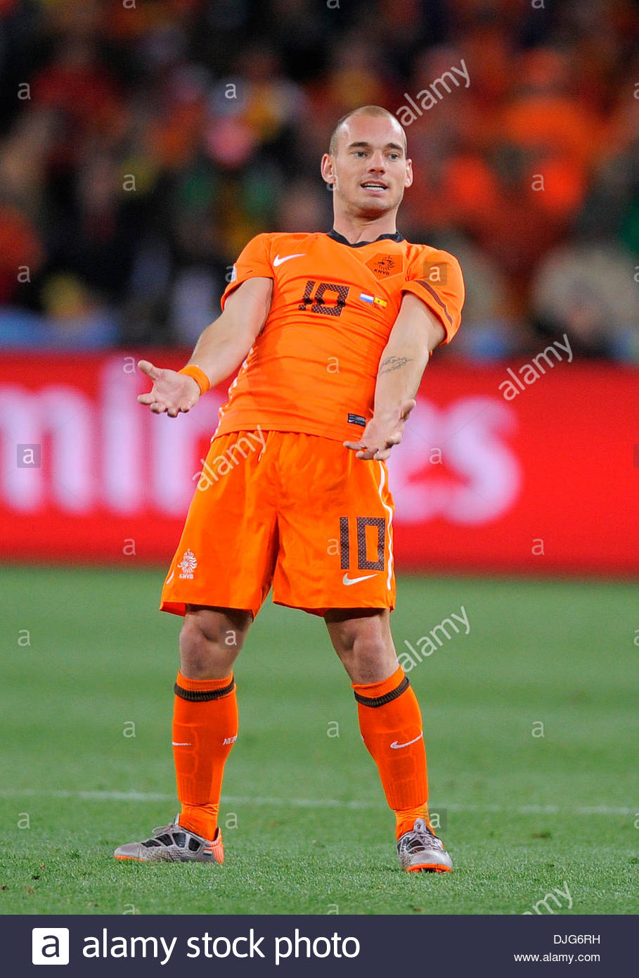 Wesley Sneijder of Netherlands reacts during the game FIFA World