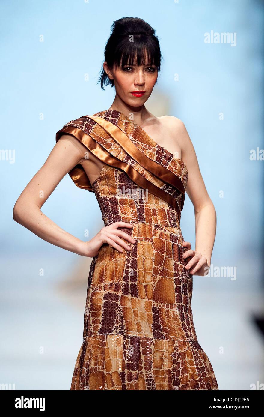 Mode trends vrouw herfst winter 2018. Alle modetrends 65