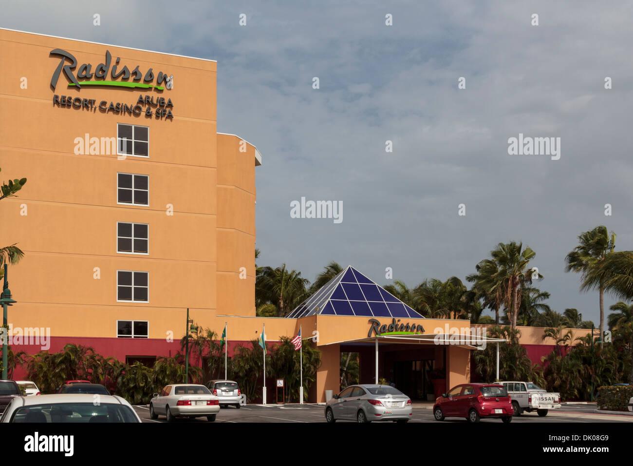 radisson aruba resort casino & spa entrance and parking lot from
