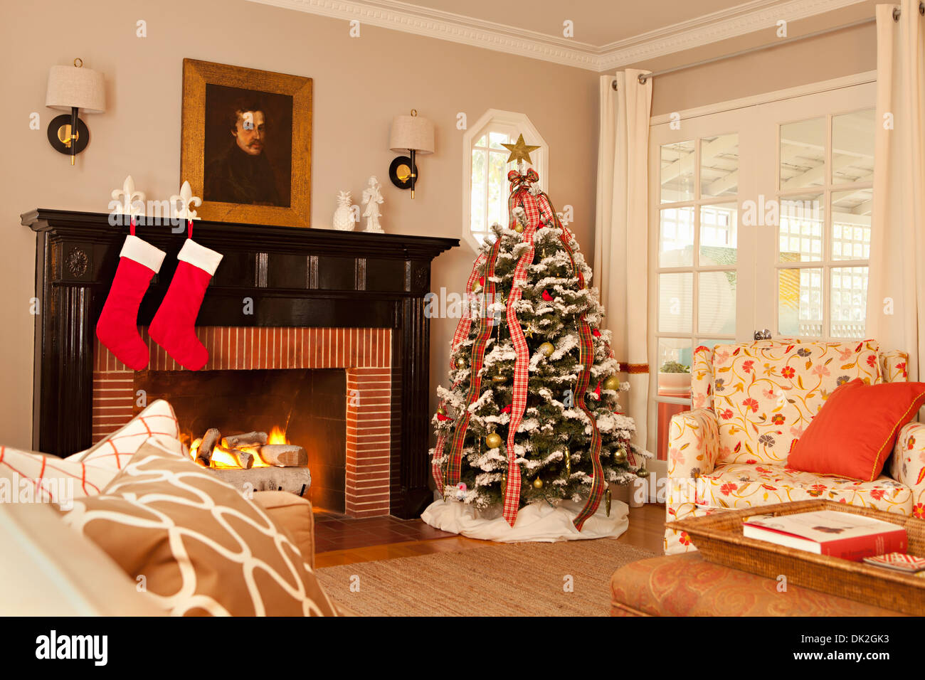 fireplace stock photos u0026 fireplace stock images alamy