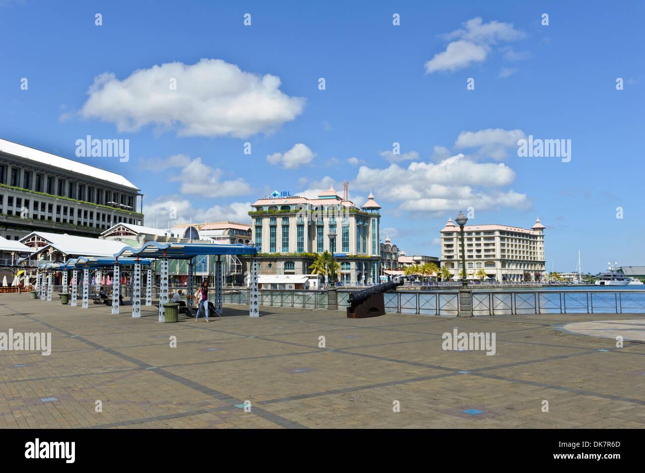 Caudan waterfront with restaurants bars and popular - Restaurants in port louis mauritius ...