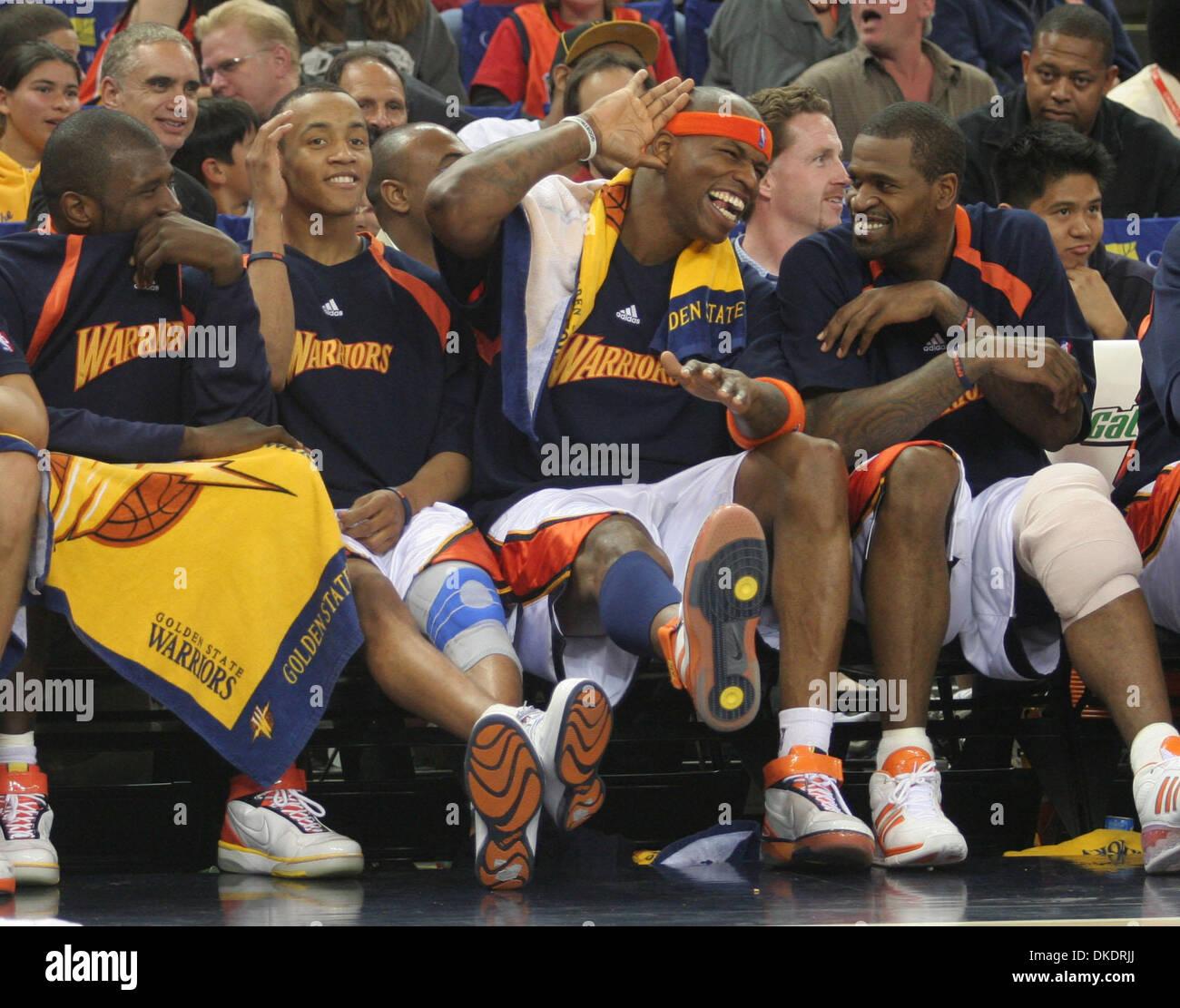 Apr 09 2007 Oakland CA USA Warriors AL HARRINGTON second