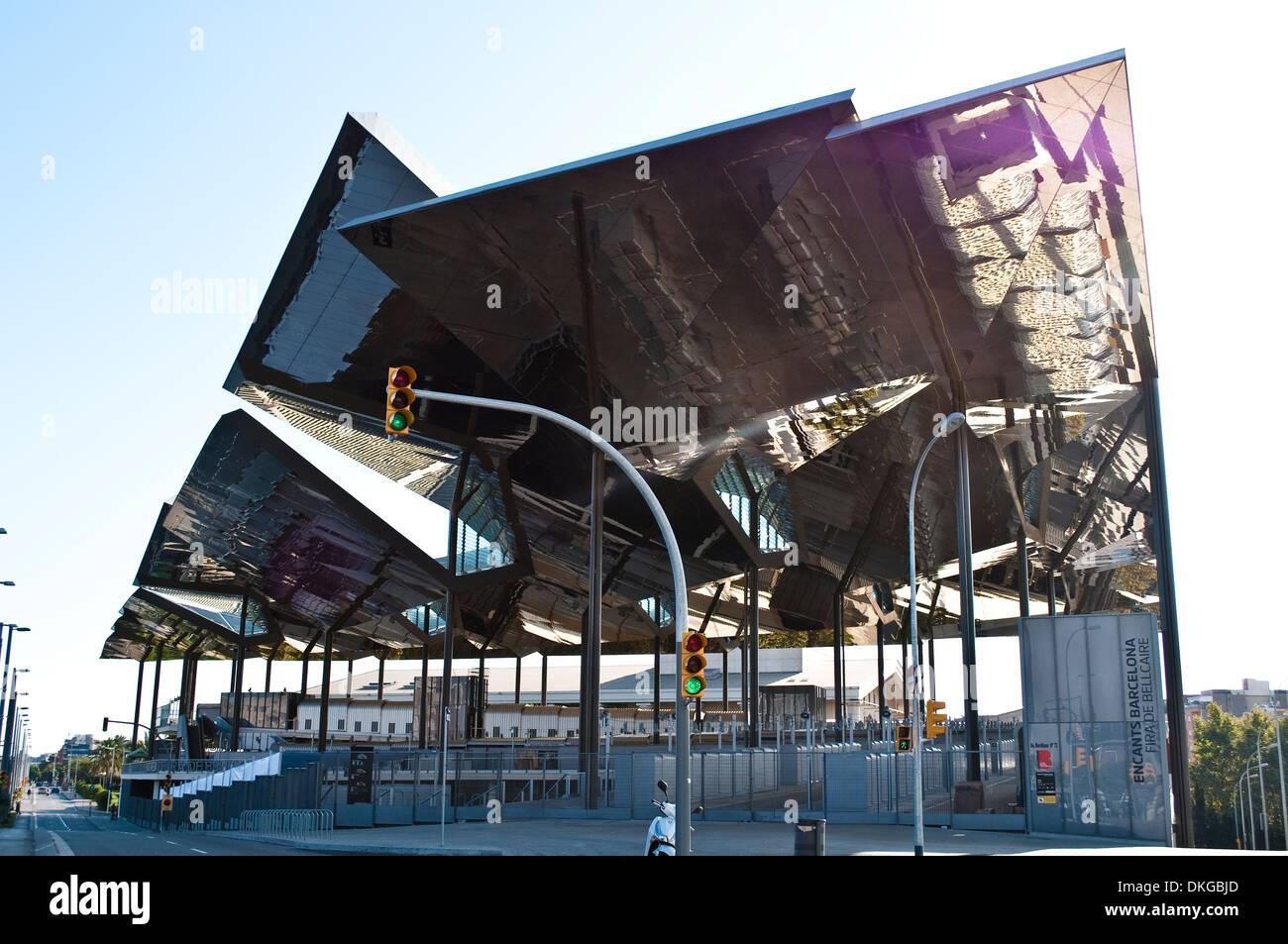 El encants or mercat fira de bellcaire architecture placa for El mercat de les glories