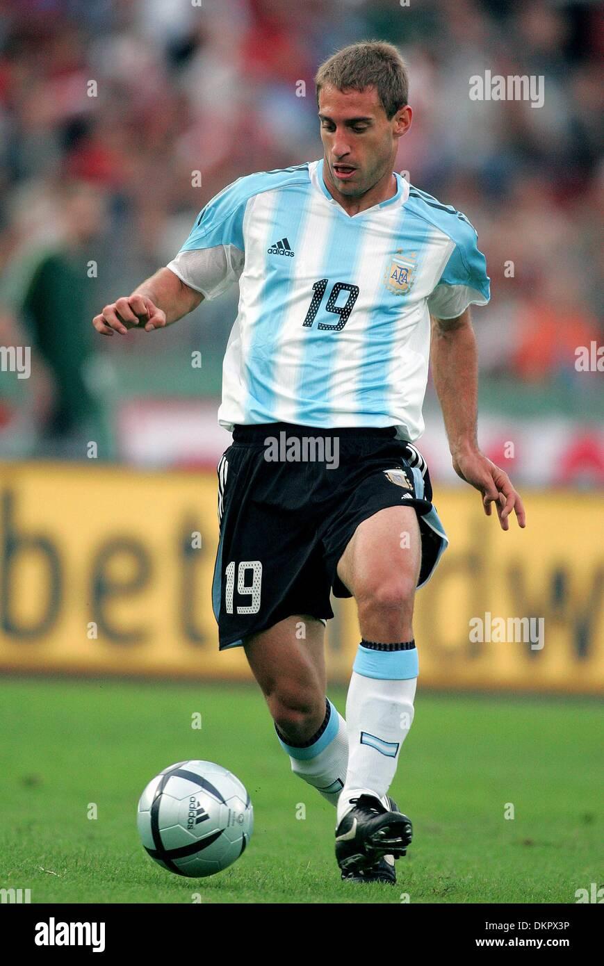 PABLO ZABALETA ARGENTINA HUNGARY V ARGENTINA PUSKAS FERENC STADION