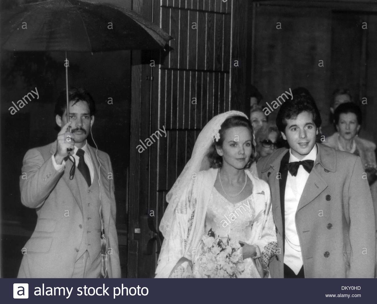 oct  15  1999 - linda purl  desi arnaz jr  wedding  ralph stock photo  63902761
