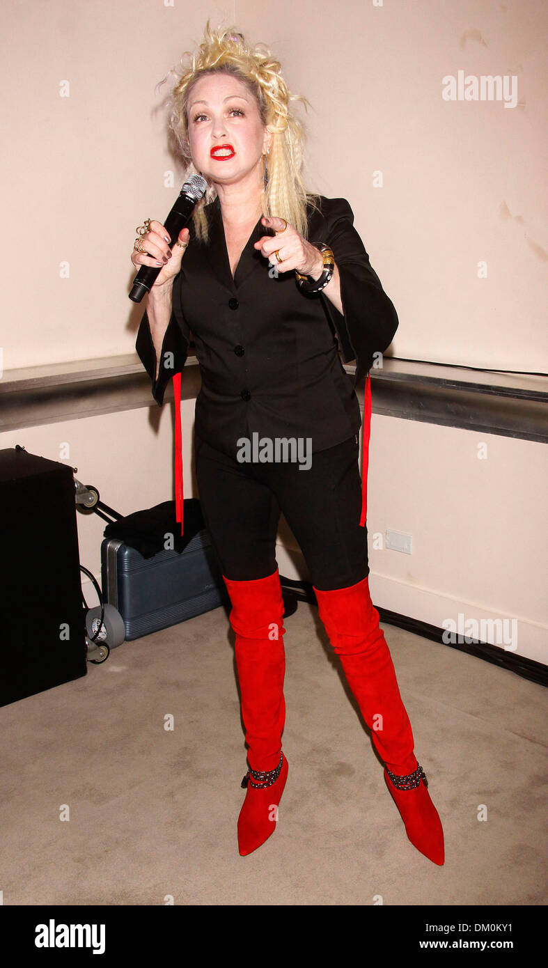 Cyndi lauper promotion for upcoming broadway musical for Kinky boots cyndi lauper