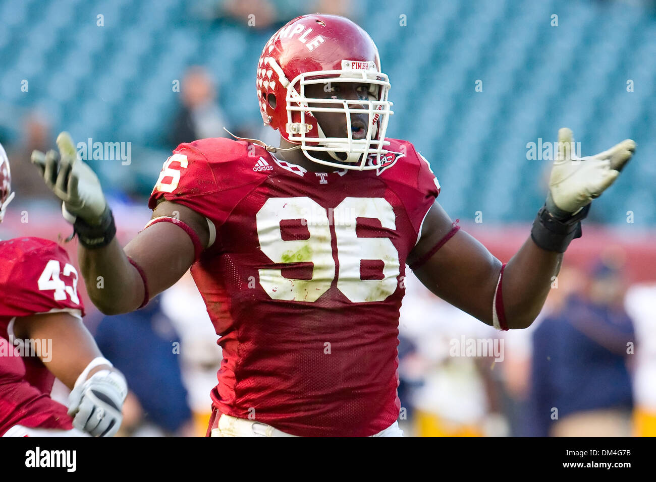 Temple Owls defensive tackle Muhammad Wilkerson 96 celebrating a