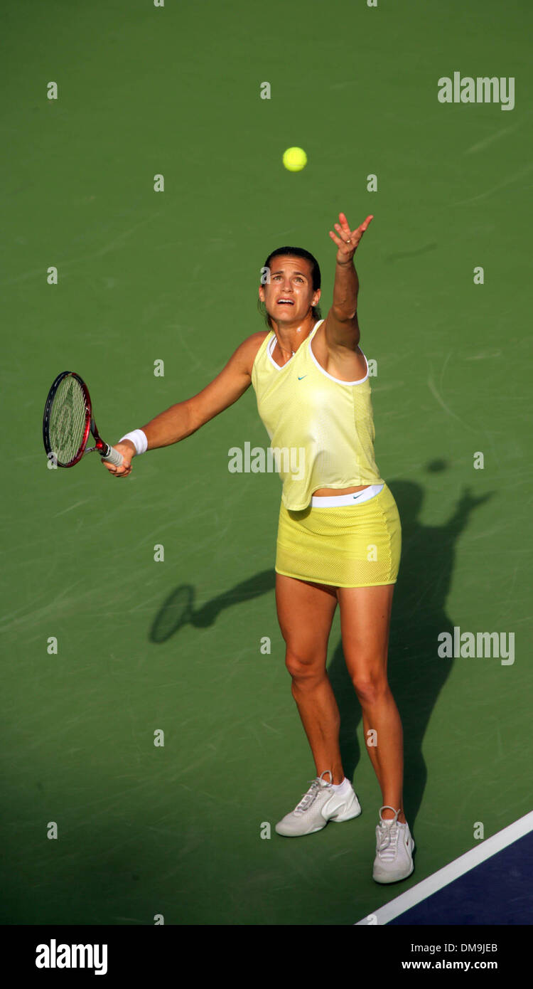Mar 11 2005 Indian Wells California USA AMELIE MAURESMO at