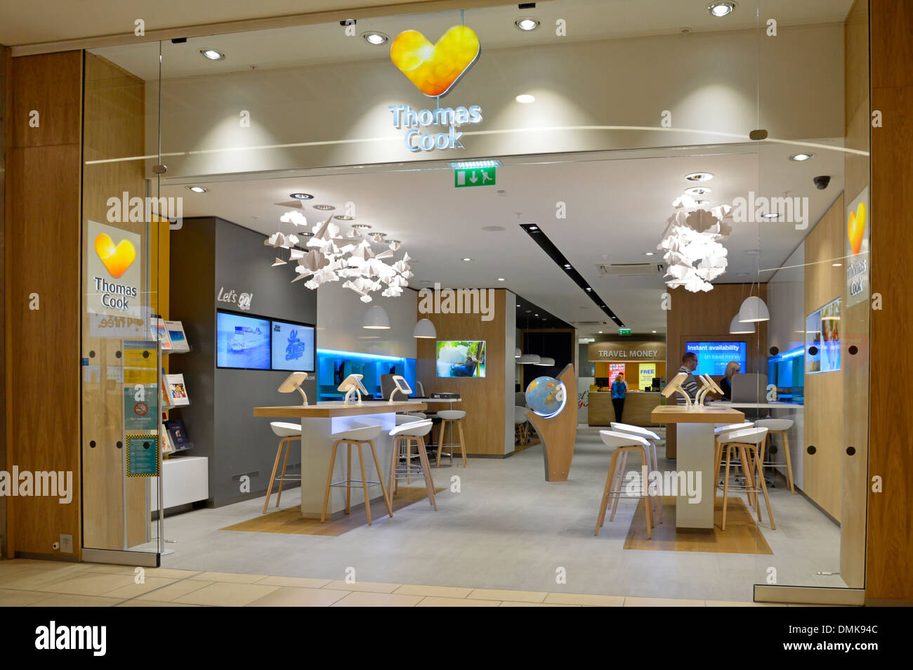 Thomas cook travel agents premises at indoor shopping mall for Travel agency office interior design ideas