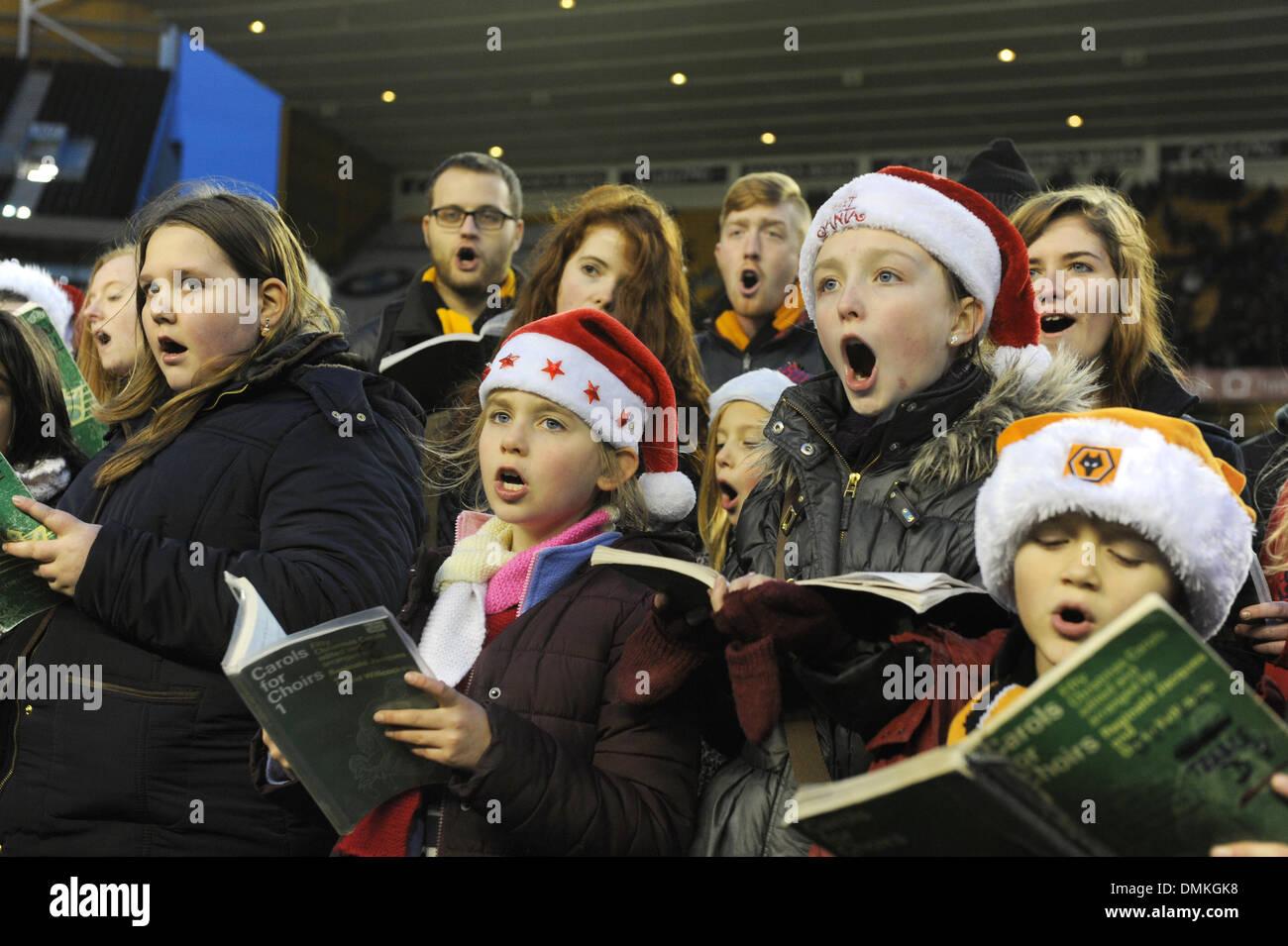 Choir singing Christmas Carols St Peter's Collegiate Church choir ...