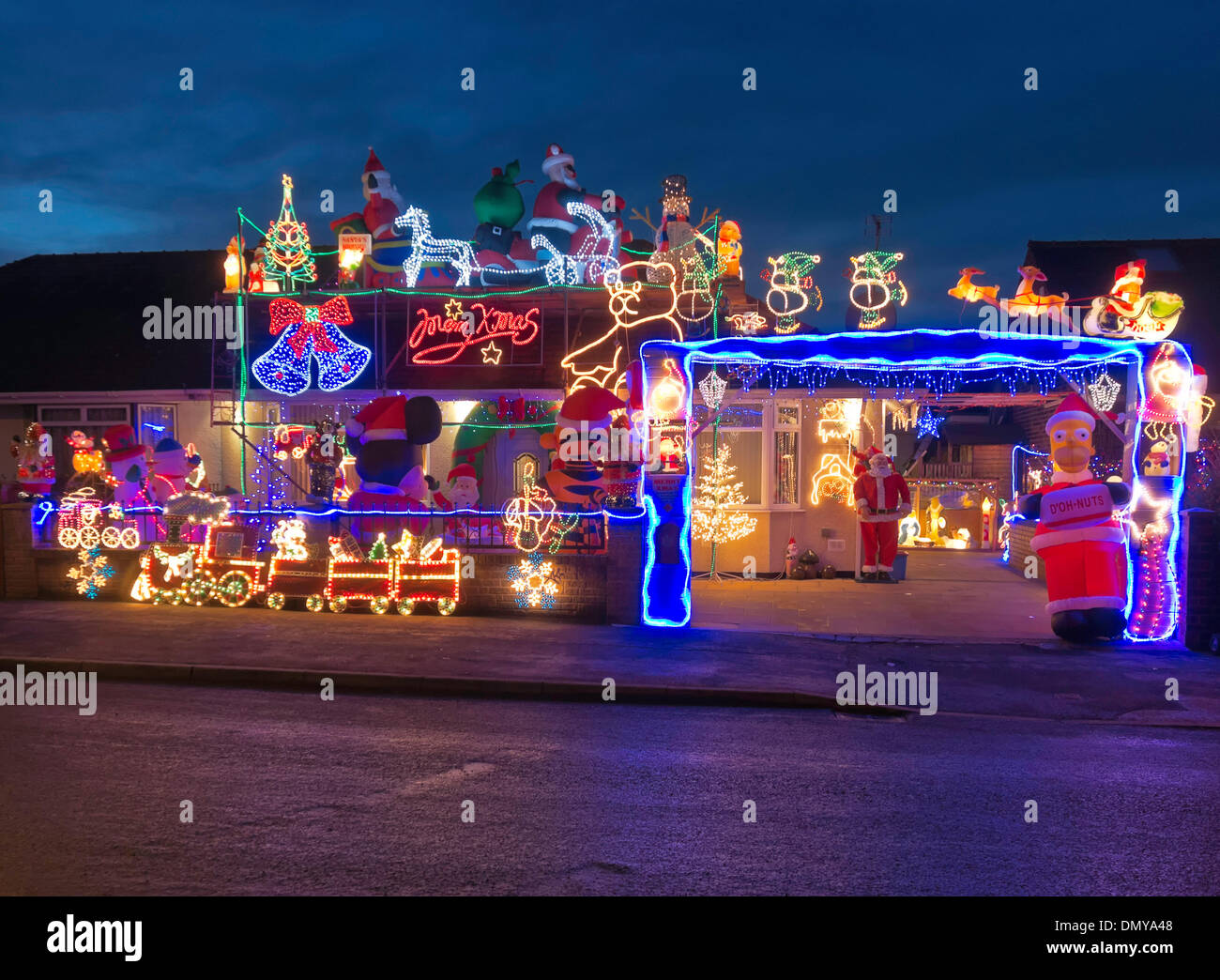 Preston Lancashire UK 17th December 2013. Christmas lights decoration on a Preston house to raise funds for a local hospice. Credit Sue Burton/Alamy ...  sc 1 st  Alamy & Preston Lancashire UK 17th December 2013. Christmas lights ... azcodes.com