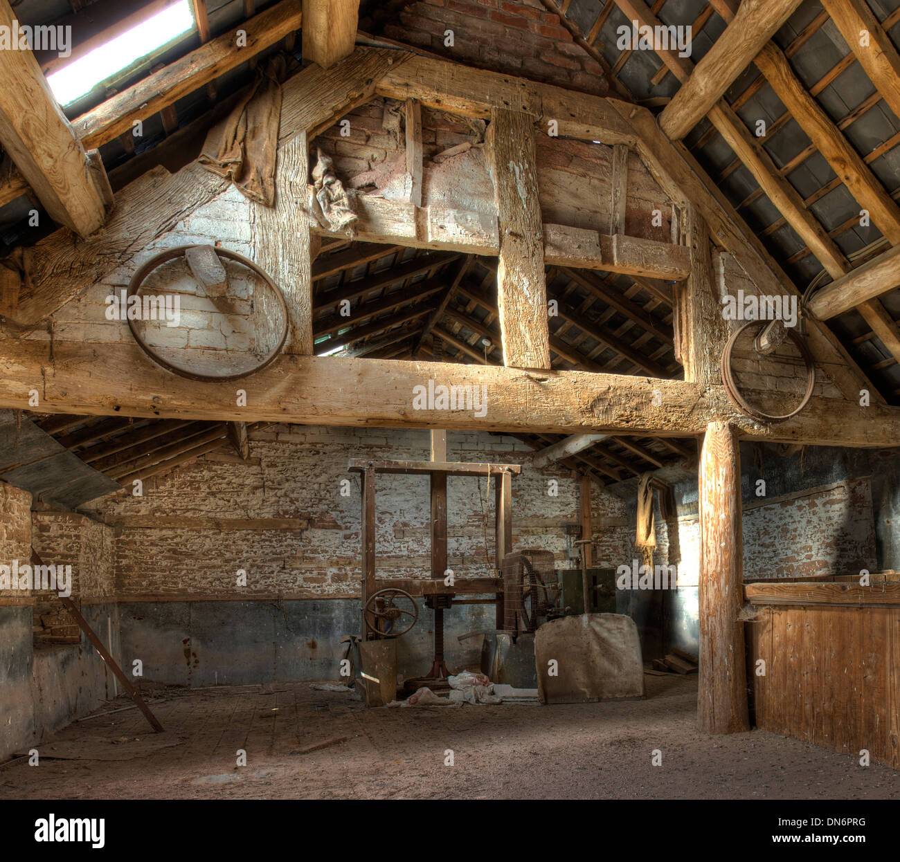 Stone and timber frame oast house interior leominster for Stone house interior