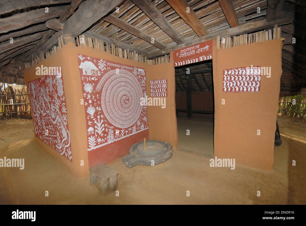 Tribal hut warli tribe maharashtra manav sangrahalaya bhopal warli tribe maharashtra manav sangrahalaya bhopal madhya pradesh india thecheapjerseys Gallery