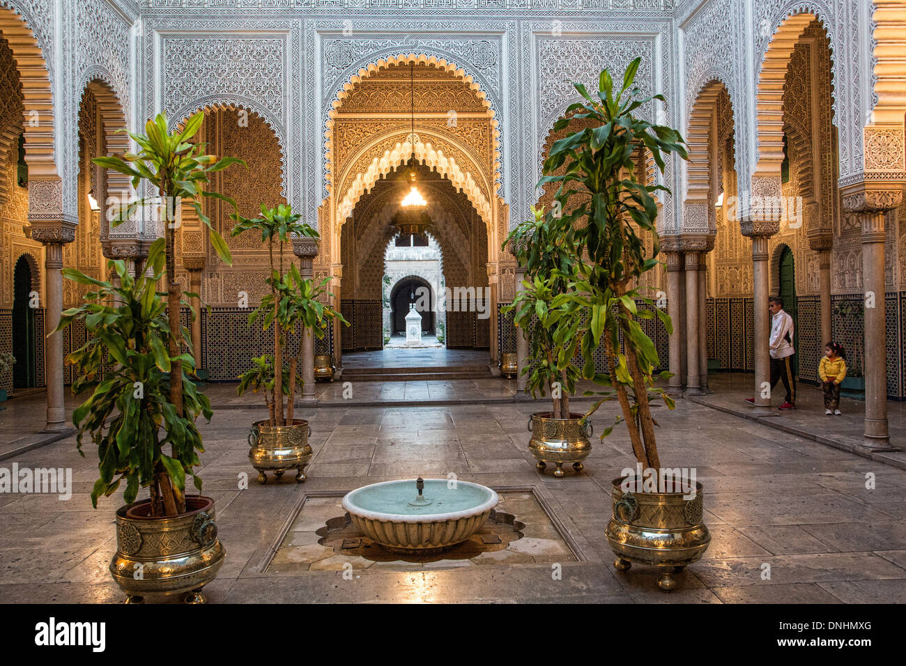 PATIO OF THE OLD MAHAKMA OF THE PACHA, FORMER MUSLIM COURT TODAY HOUSING  ONE OF THE CITYu0027S PREFECTURES, THE HABOUS QUARTER, THE NEW MEDINA OF  CASABLANCA, ...