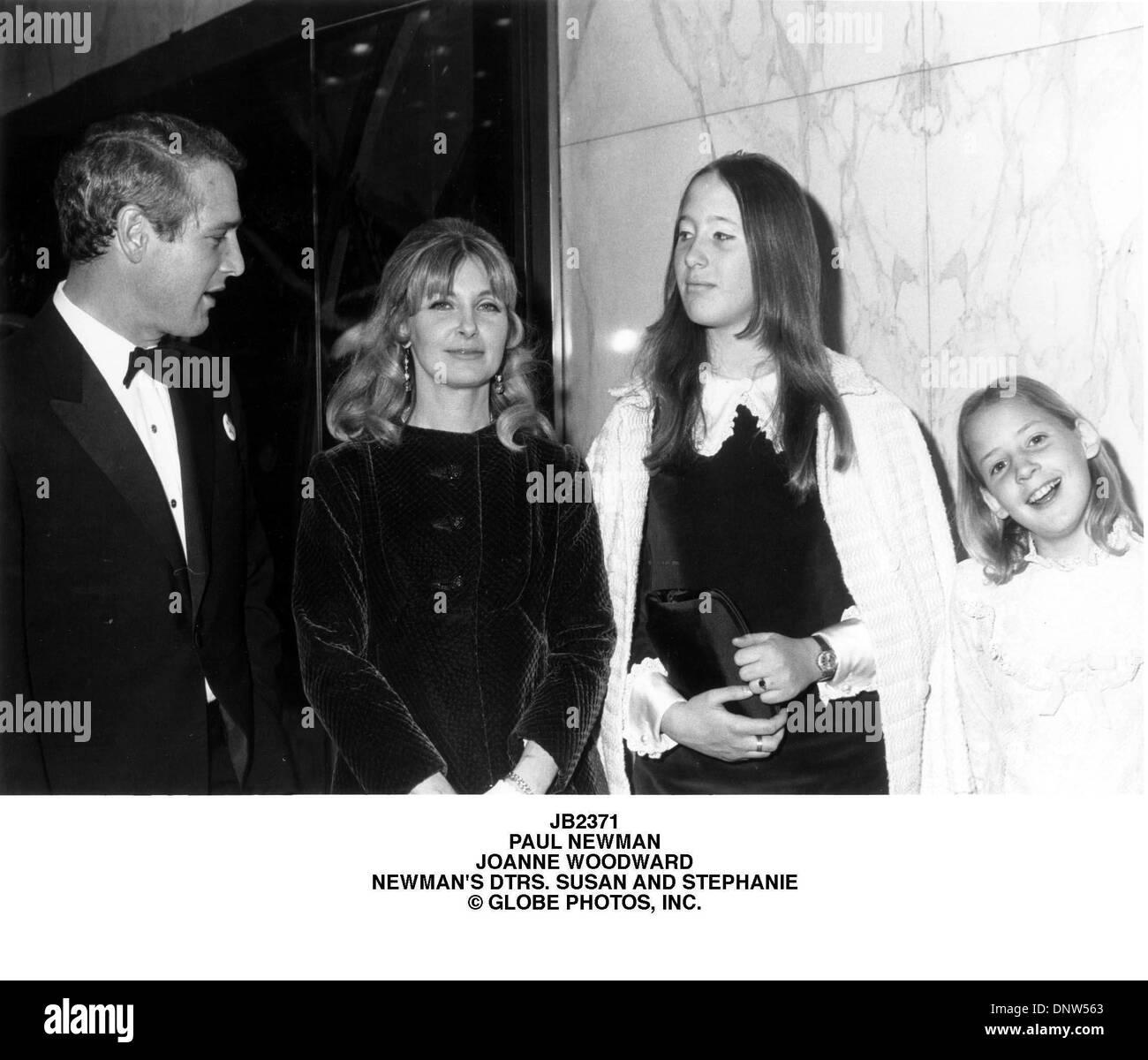 Jan. 1, 2001 - JB2371.PAUL NEWMAN.JOANNE WOODWARD.NEWMAN'S ...