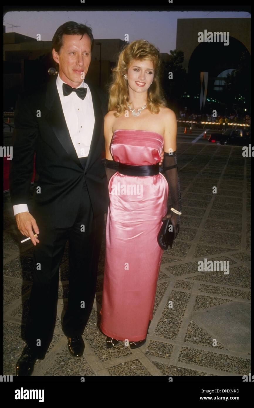 Hollywood, CA, USA; Actor JAMES WOODS and wife SARAH OWEN ...