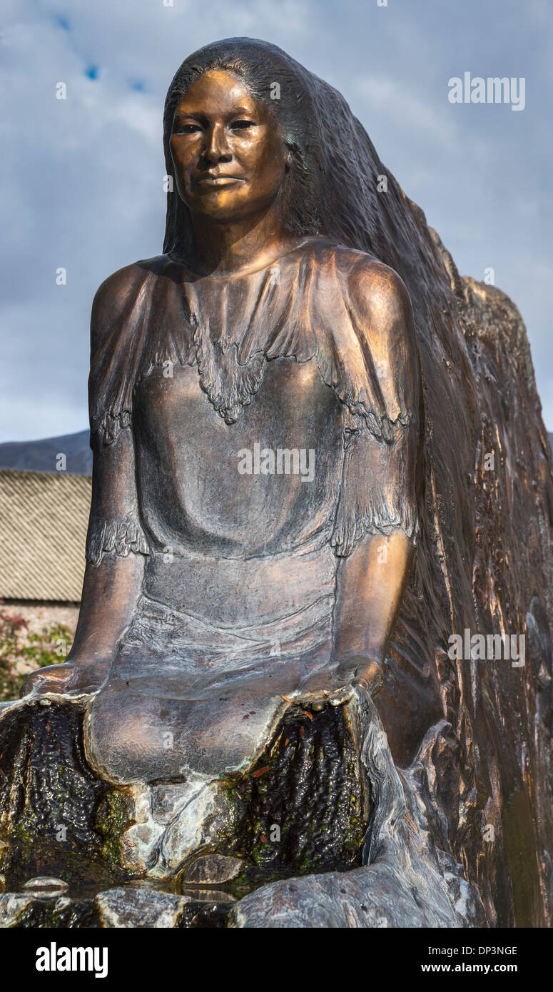 tsceminicum sculpture by nancy dreher interpreting native