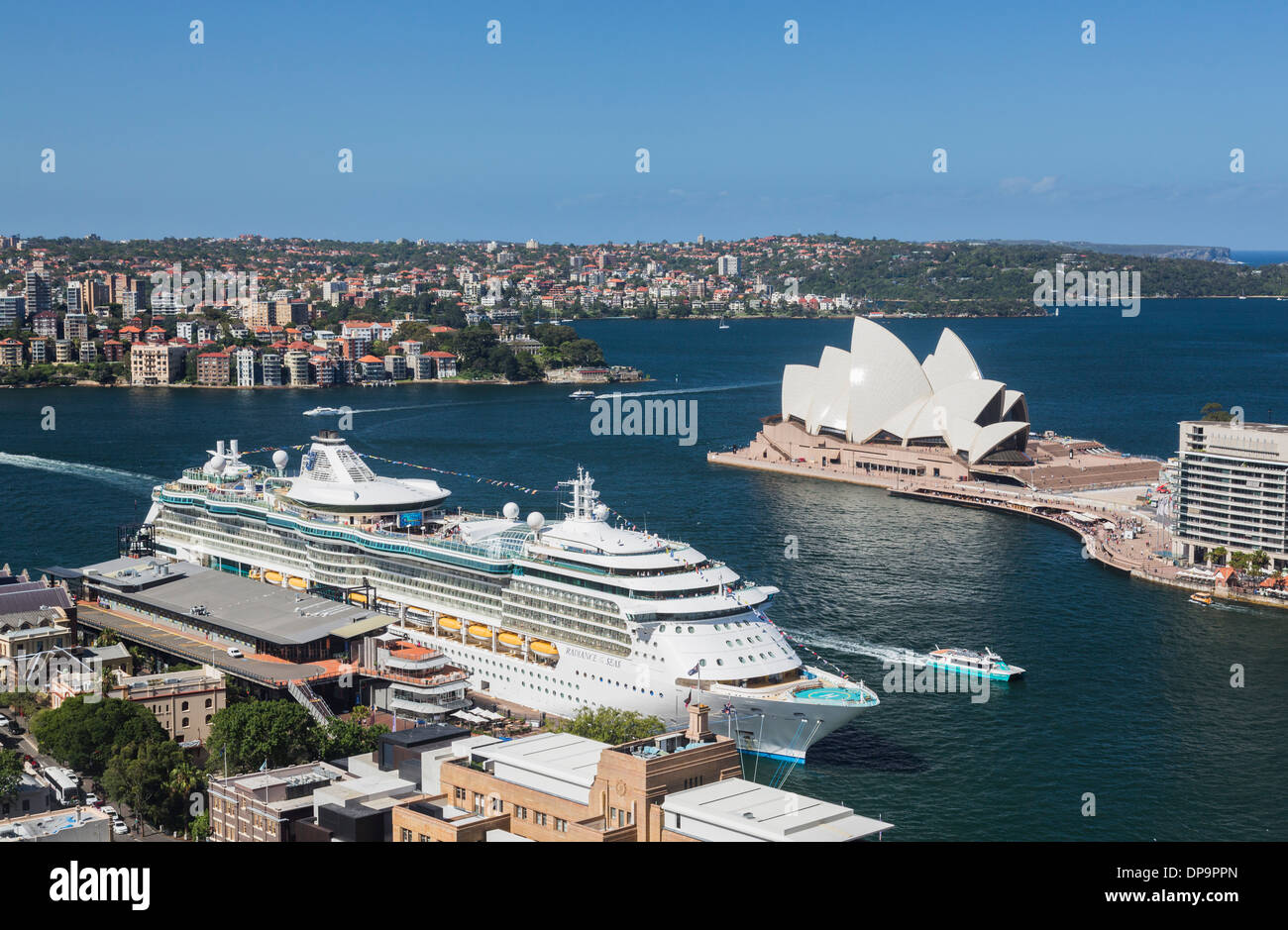 Sydney Harbour with the Radiance of the Seas Cruise ship ...