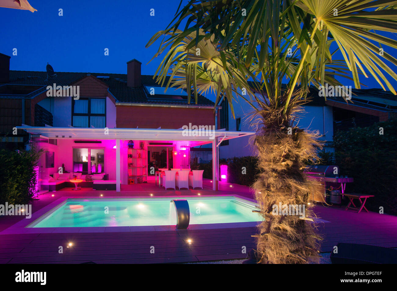 private terraced house with garden winter garden pool terrace
