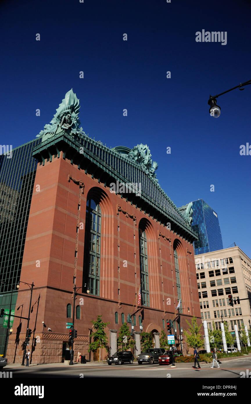 harold washington library center chicago illinois stock photo