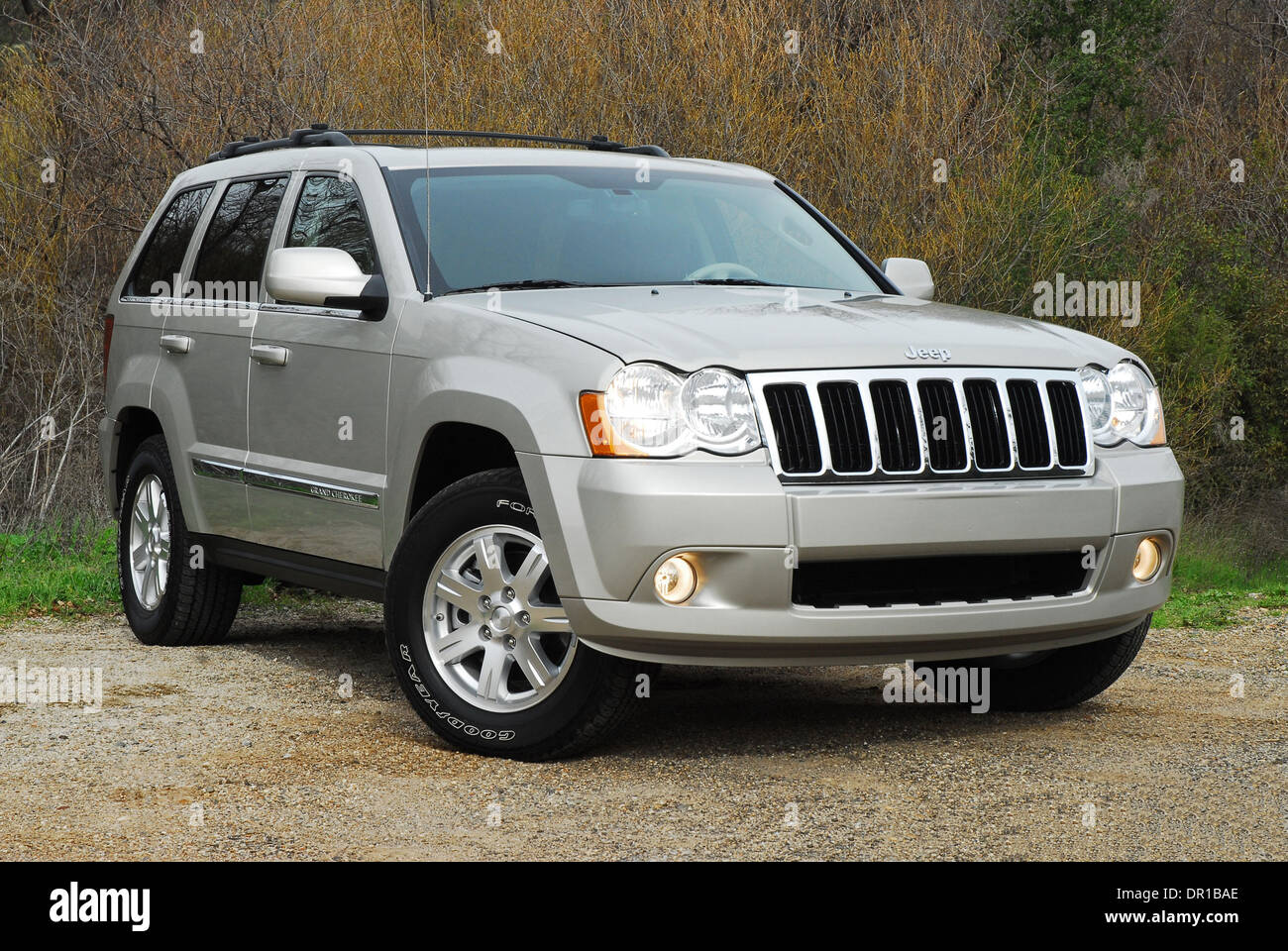 100 jeep laredo 2009 2009 jeep grand cherokee wk off road 5d images specs and news best. Black Bedroom Furniture Sets. Home Design Ideas