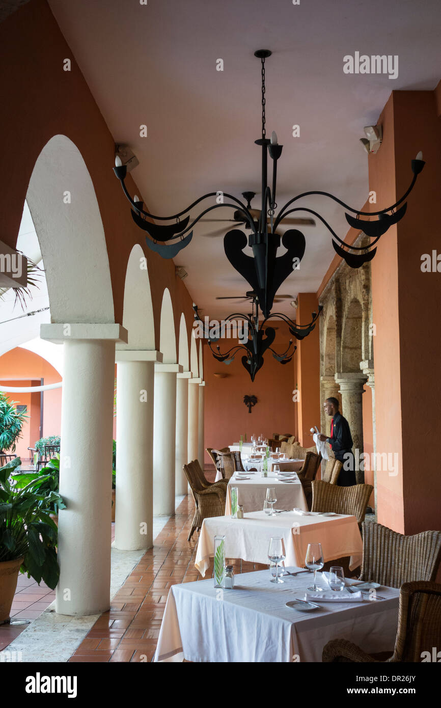 Hostal nicolas de ovando luxury 5 star hotel in former for Hostal luxury
