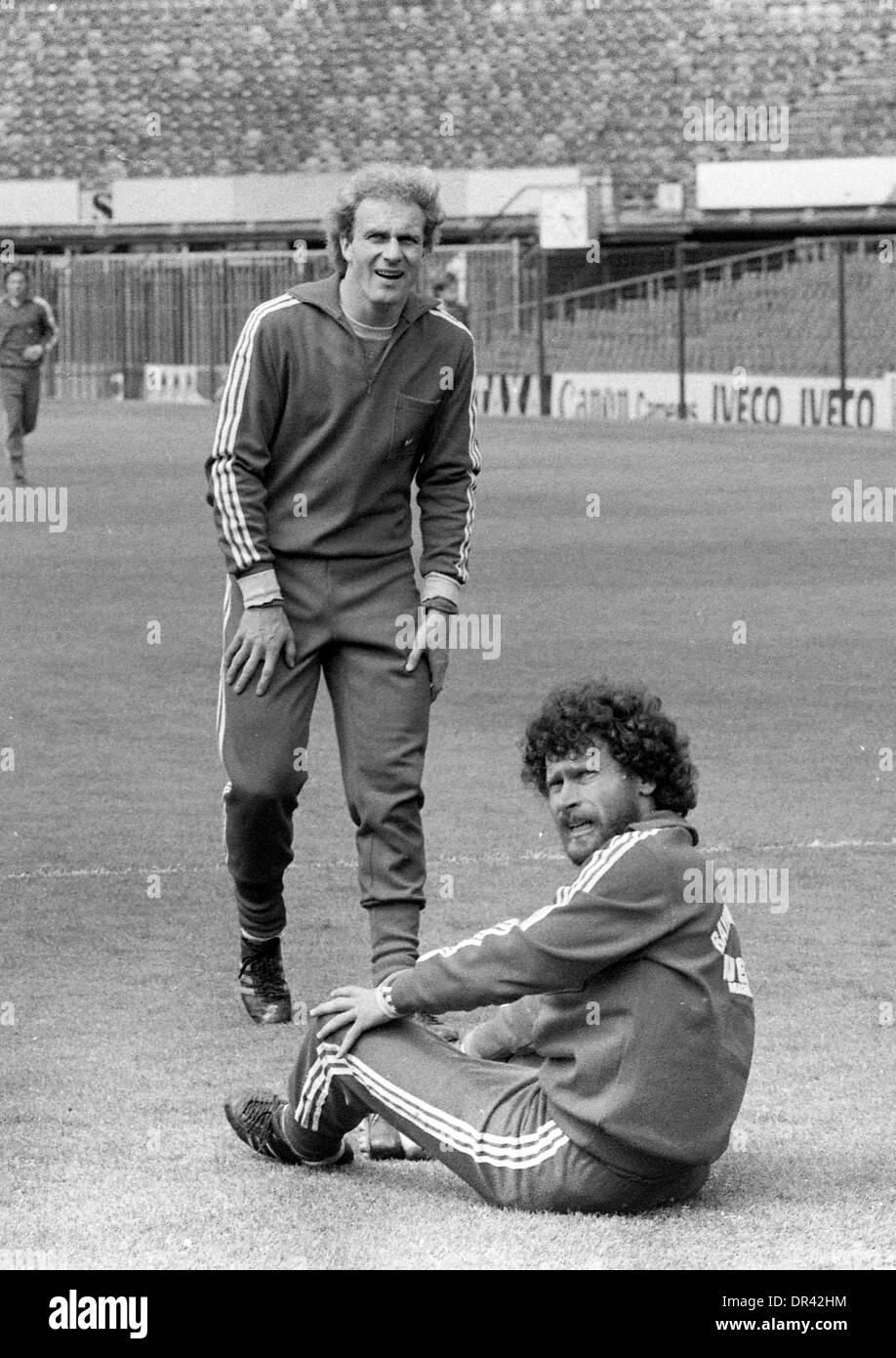 Karl Heinz Rummenigge and Paul Breitner footballer preparing for