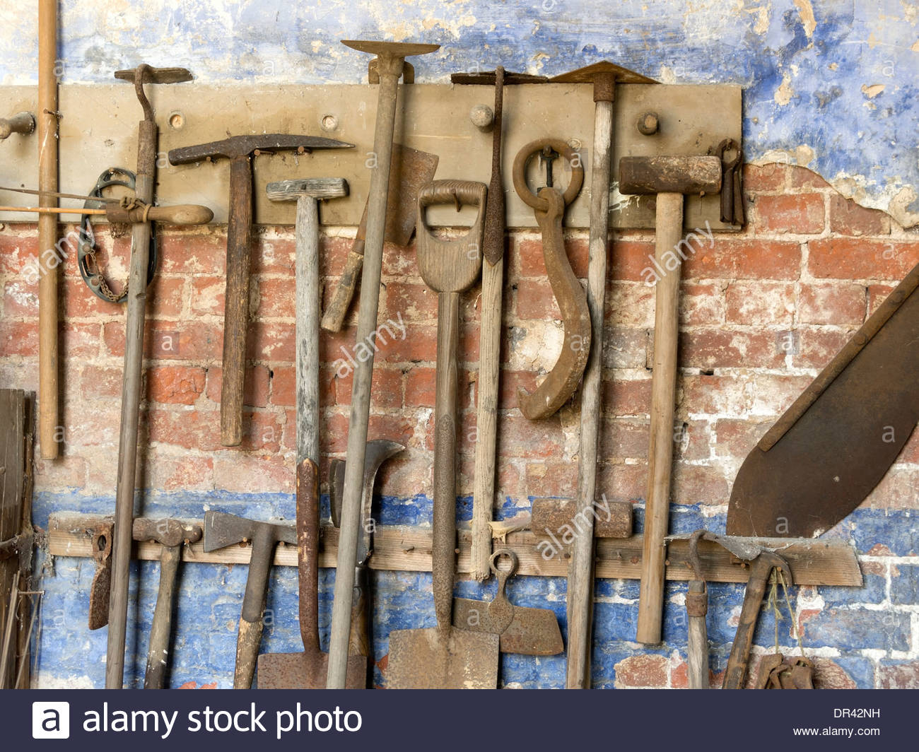 Beautiful Old Gardening Tools Hanging On Wall In Gardeneru0027s Bothy, Calke Abbey,  Ticknall, Derbyshire