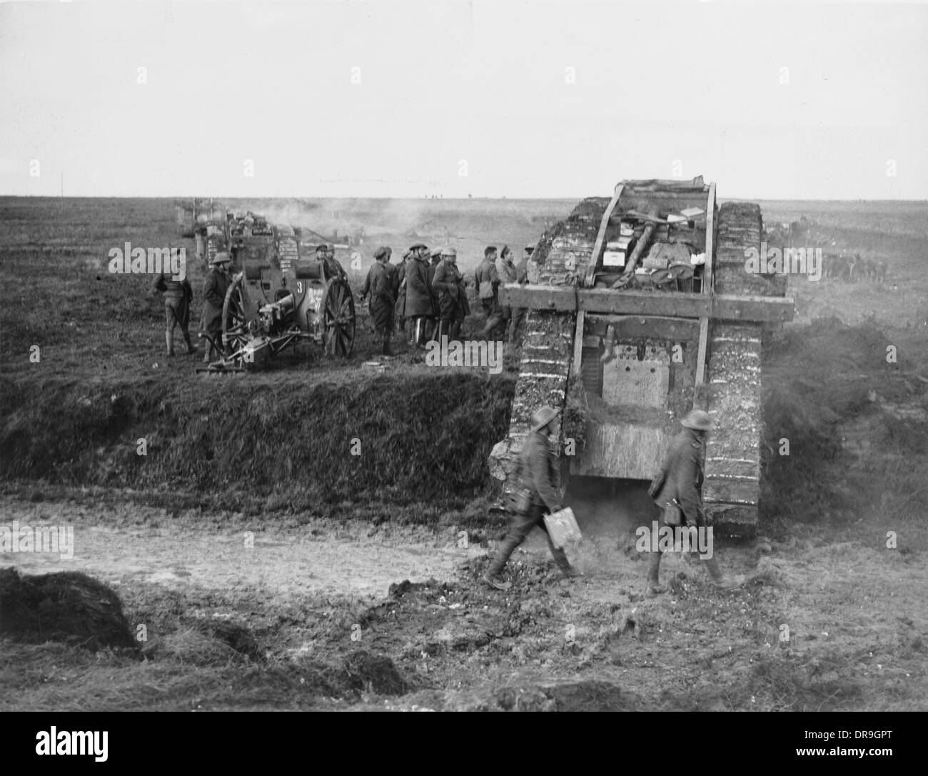 the battle of cambrai 1917 The battle of cambrai 1917, was a british offensive against the german troops located near cambrai in france the battle remained indecisive but served in establishing the efficacy of the.
