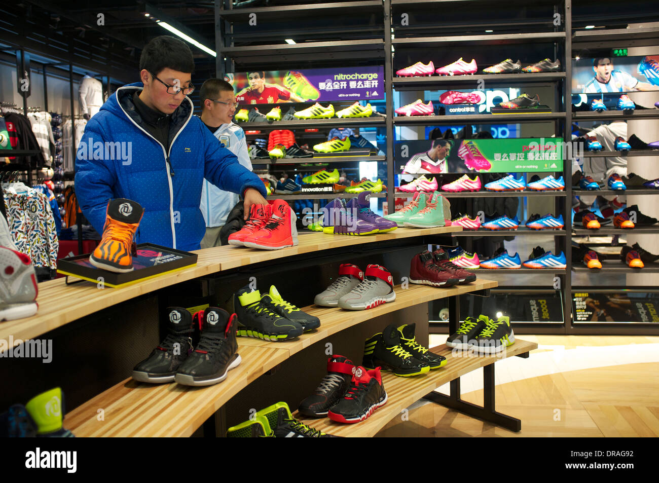 adidas outlet 2014