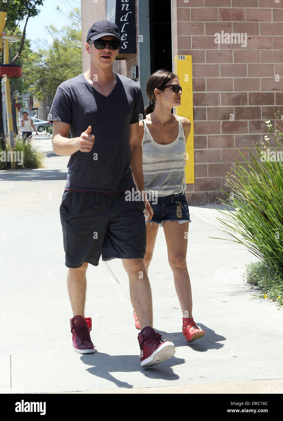 Rachel Bilson And Boyfriend Hayden Christensen Visit Furniture Stores In Culver  City Los Angeles, California   14.07.12