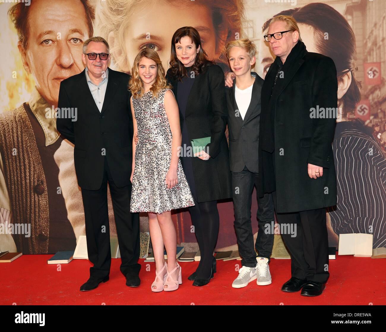 Nico liersch family - Director Brian S Percival Actors Sophie Nelisse Emily Watson Nico Liersch And