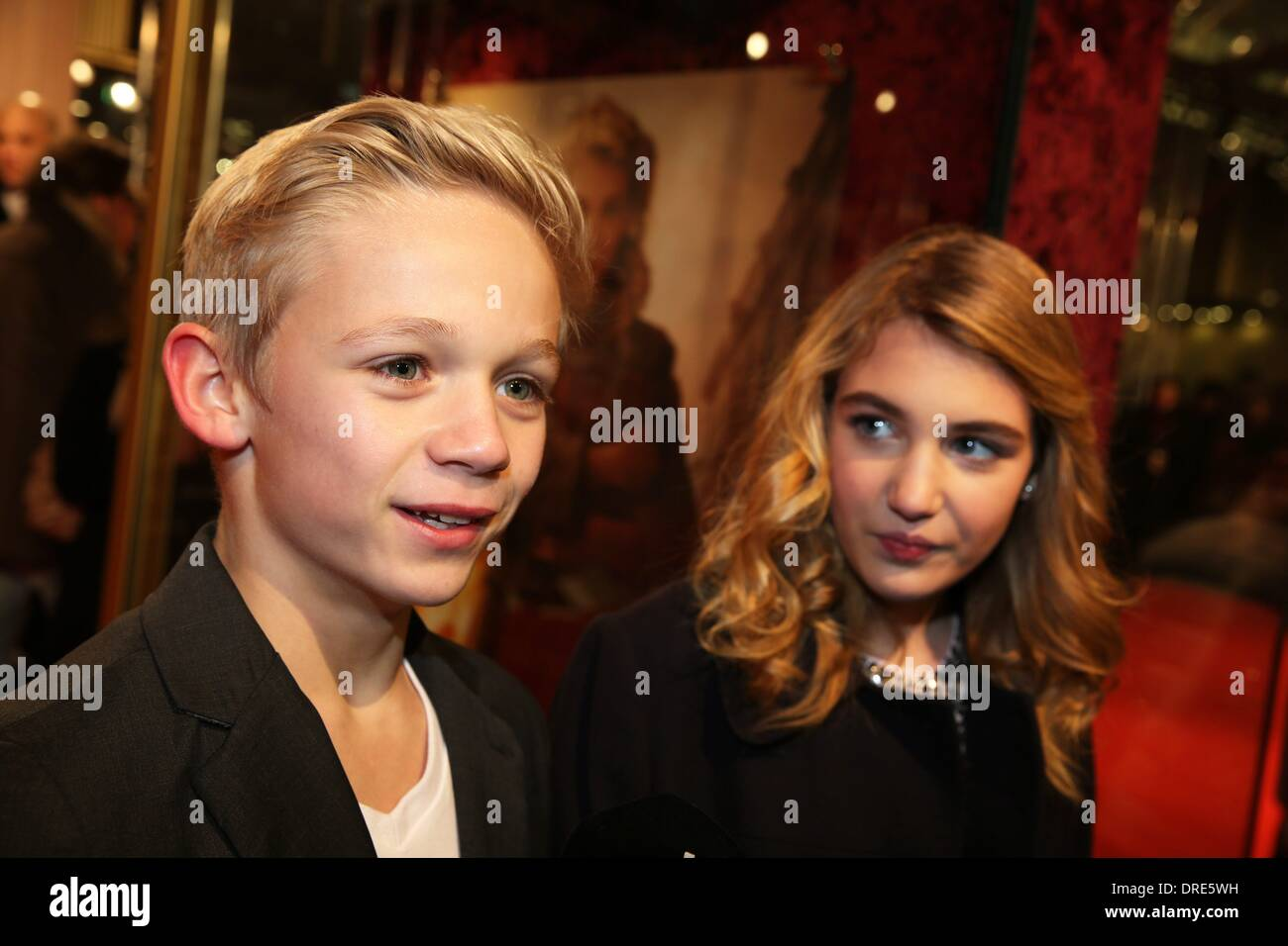 Nico liersch family - Actress Sophie Nelisse And Actor Nico Liersch At The Premiere Of The Movie The Book