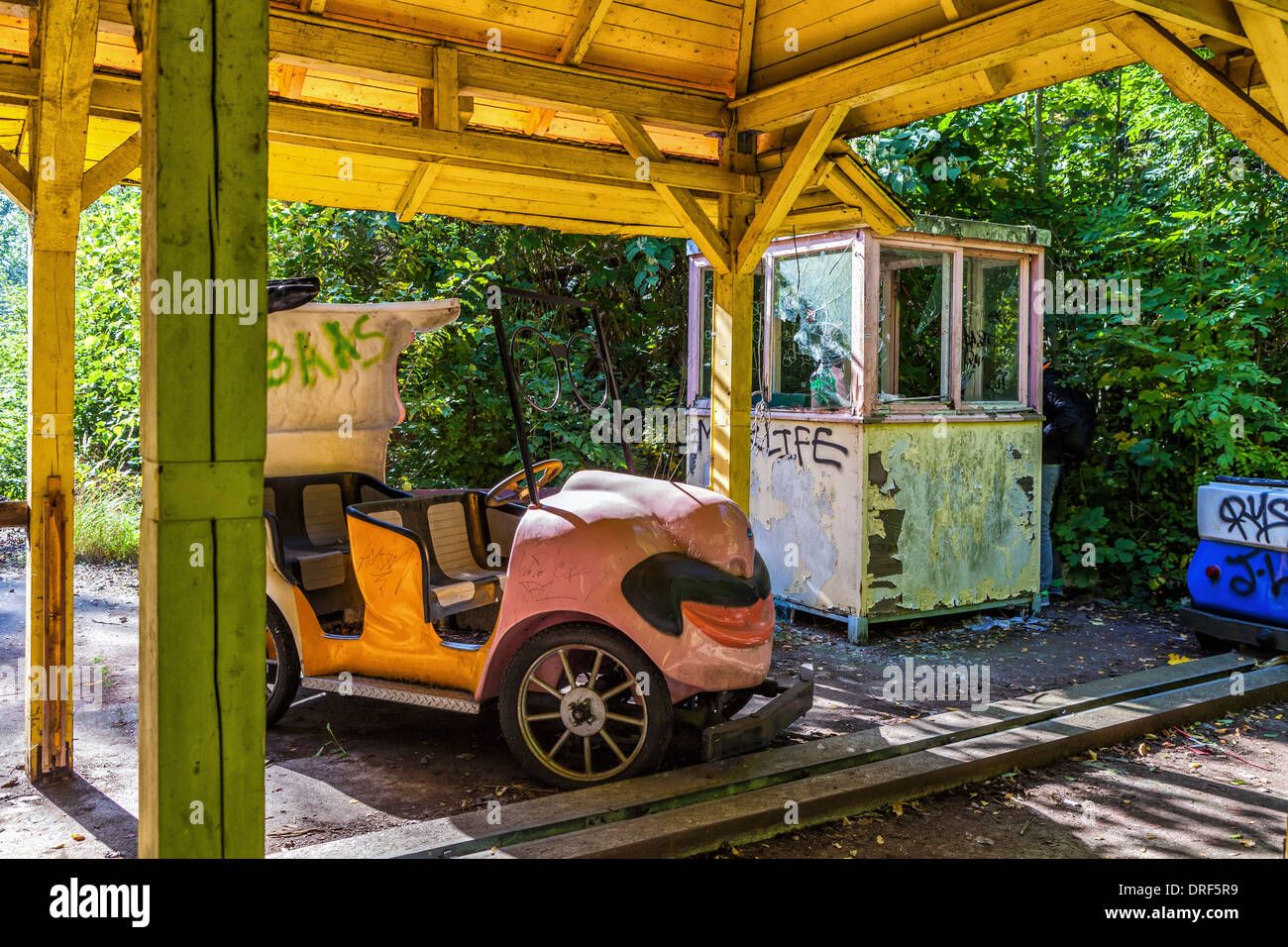 Ticket office and old car of funride at the abandoned, derelict ...