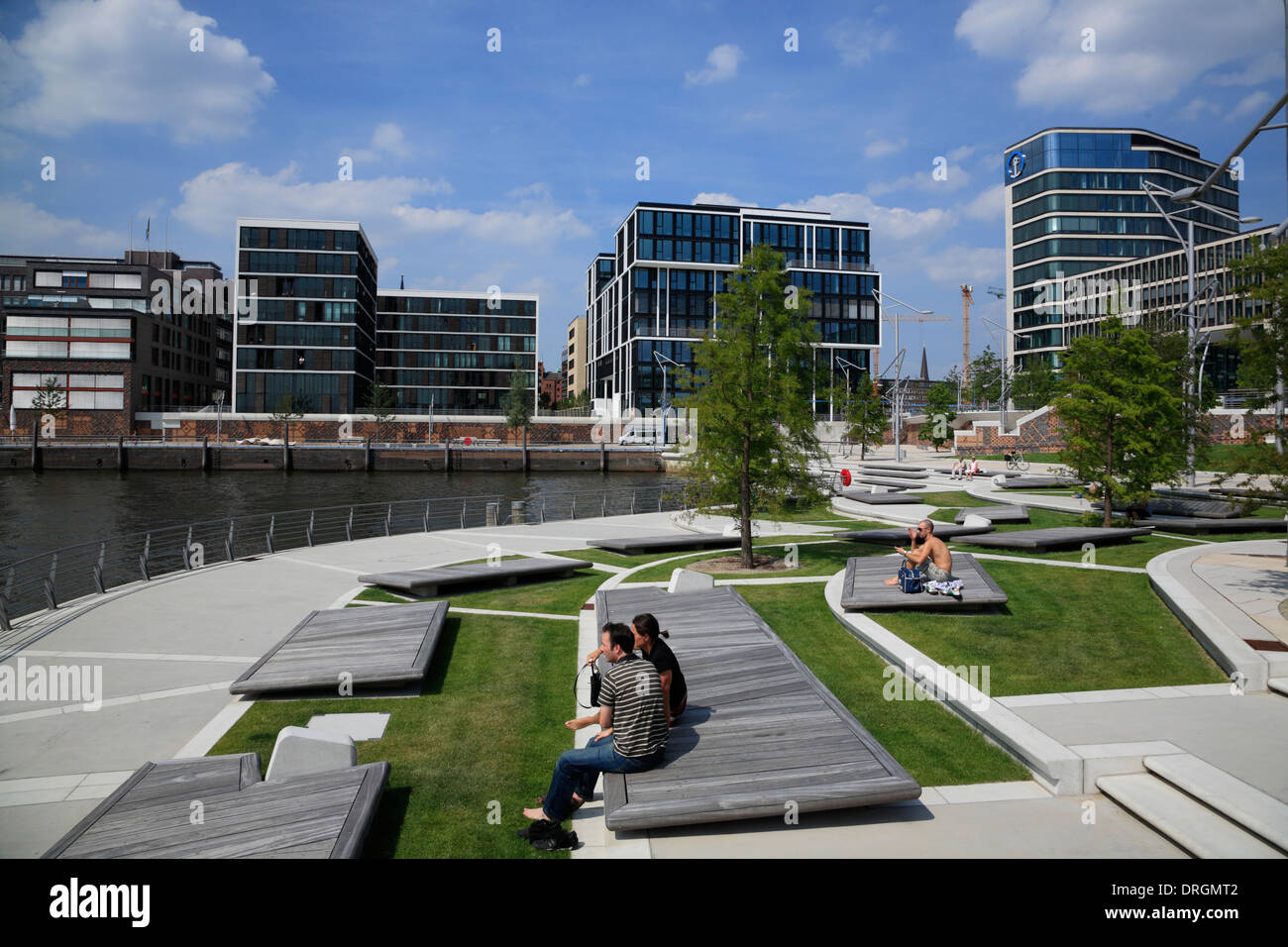marco polo terraces view to dalmannkai hafencity. Black Bedroom Furniture Sets. Home Design Ideas