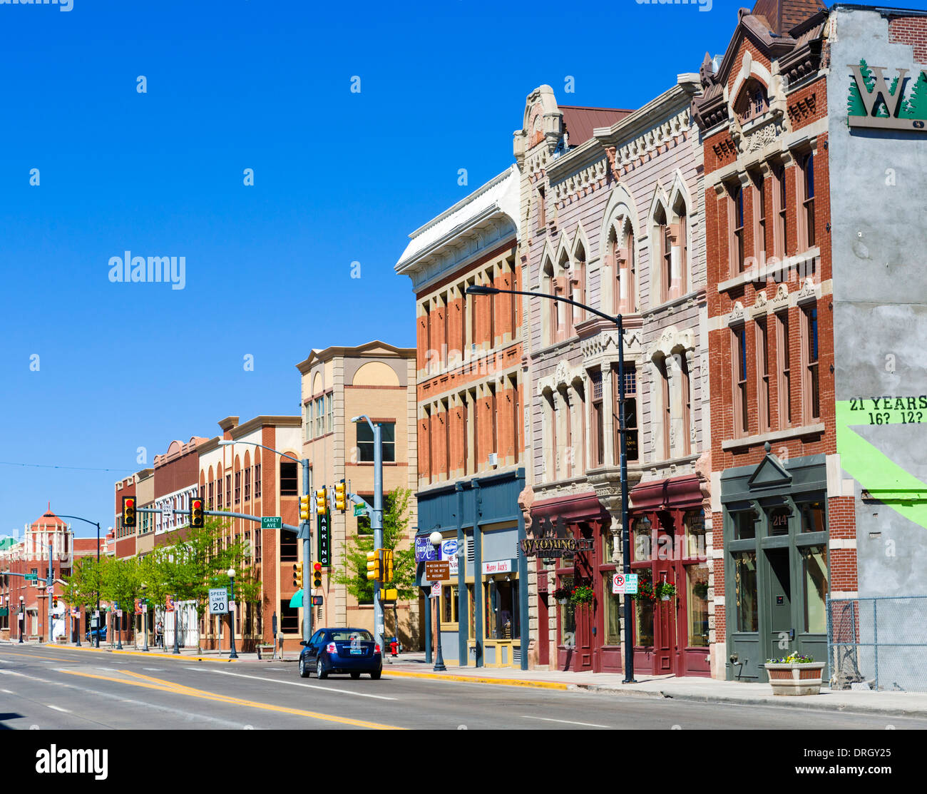 76 Best Images About Historic Downtown Storefronts On: Historic Buildings On Lincoln Highway / West 16th Street