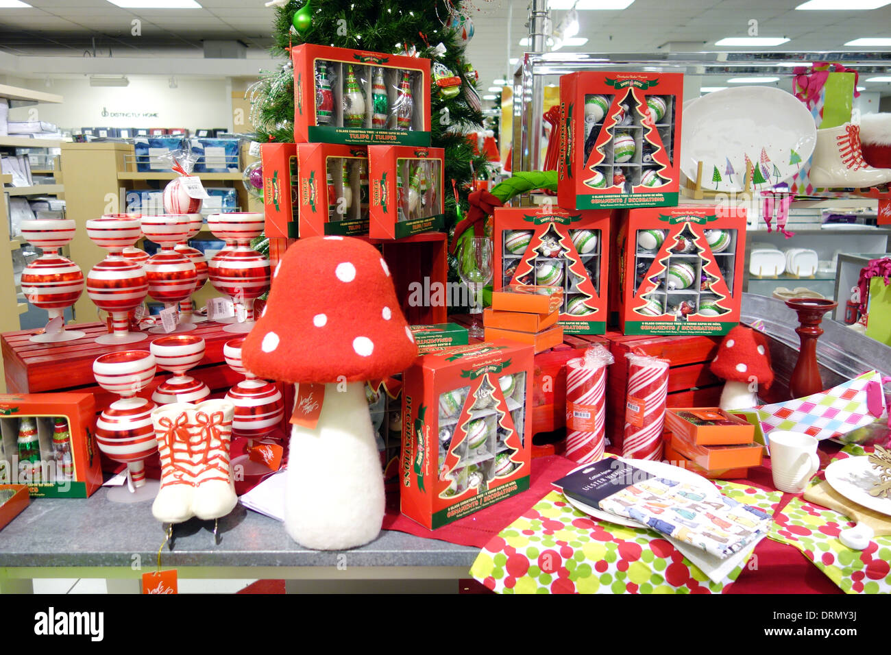 Store That Buy Christmas Decorations Toronto