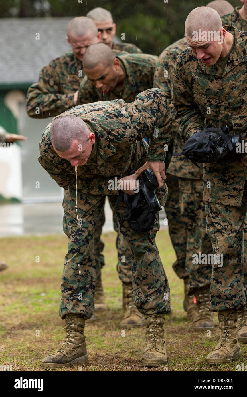 US Marine recruits choke and gasp for air after exiting ...