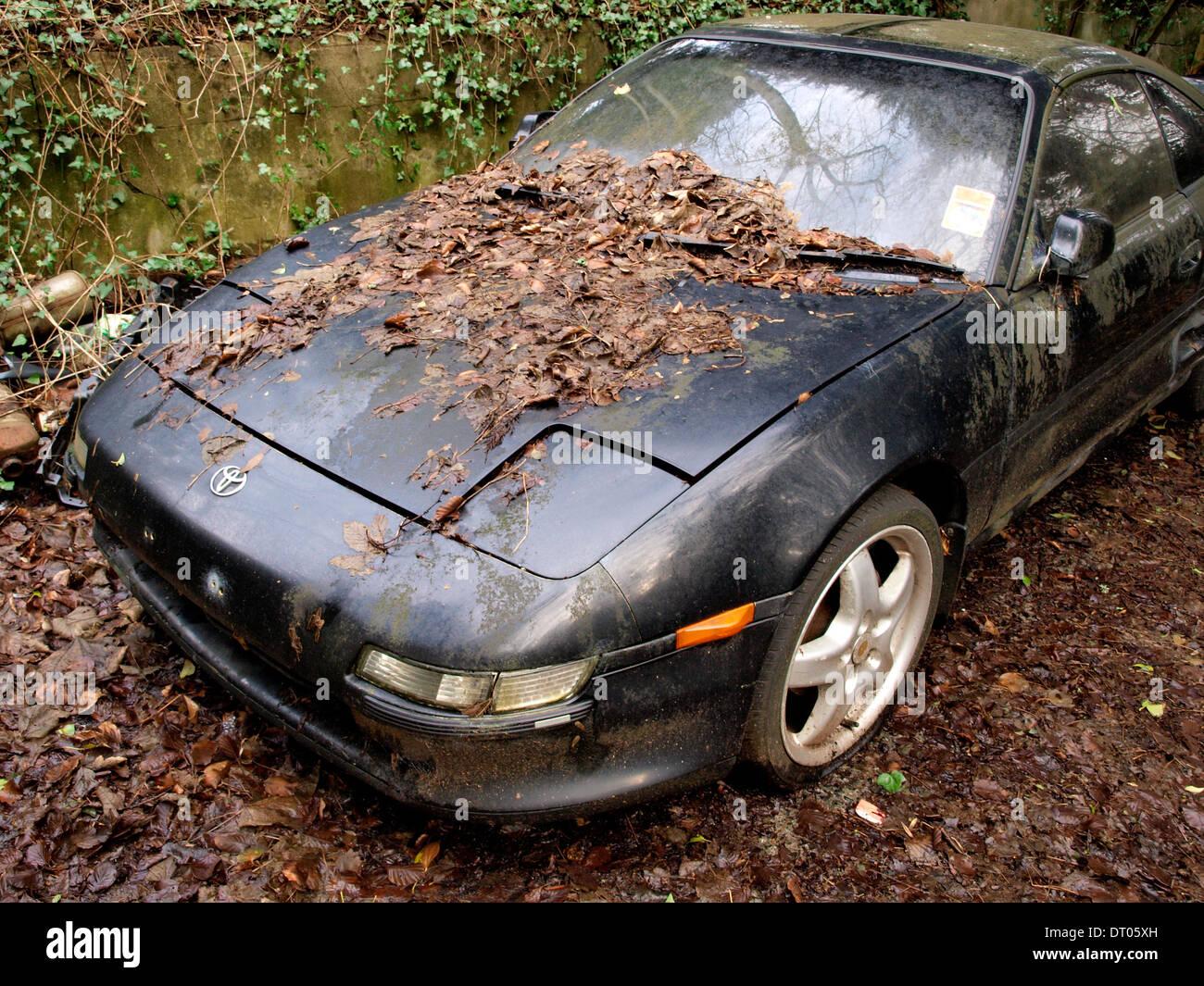 old abandoned car uk