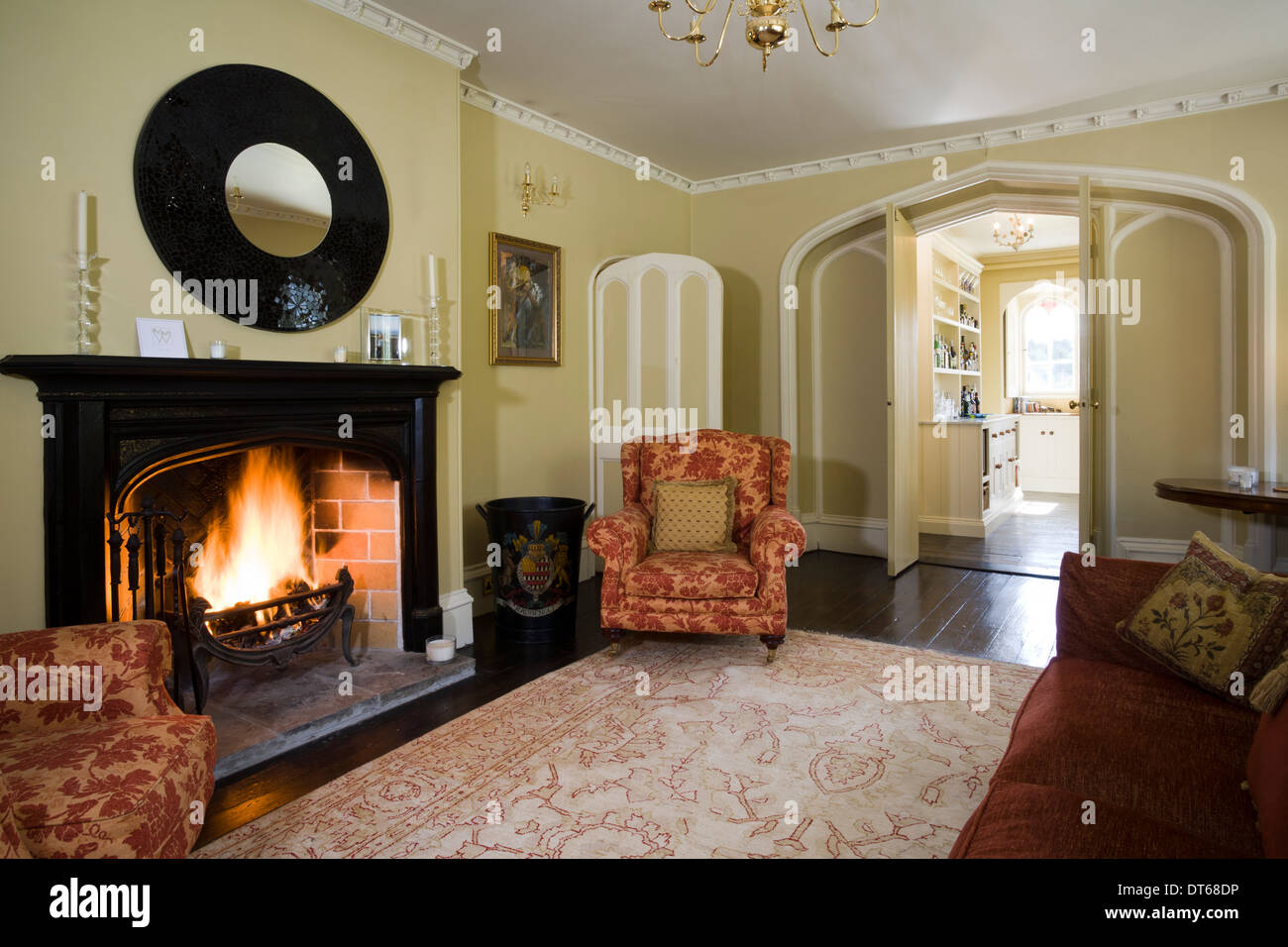 A Colourful And Decorative Period Sitting Room Part 92
